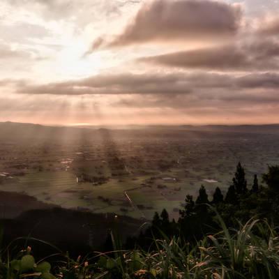 神々しい北陸の夕景(富山県南砺市)の作例写真