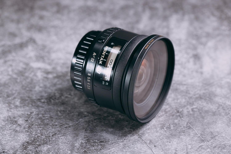 smc Pentax-FA 20mm F2.8を倒した写真