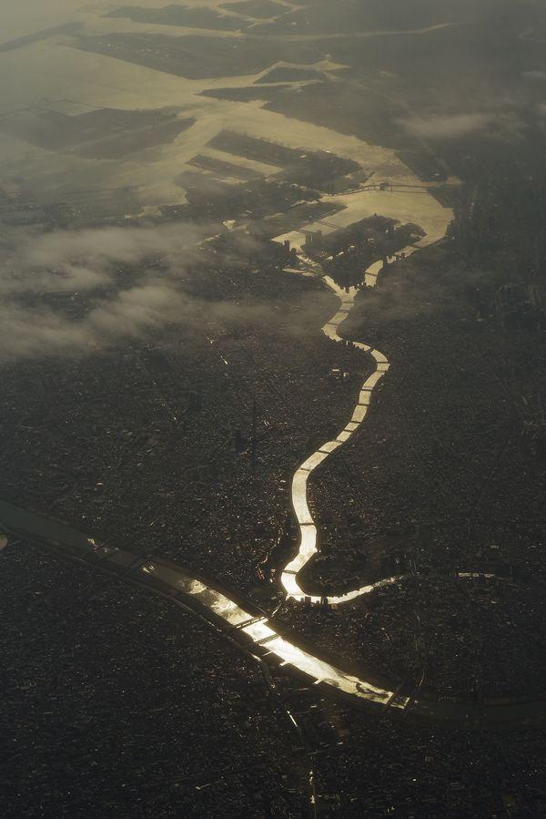 上空から眺める荒川と隅田川の作例写真
