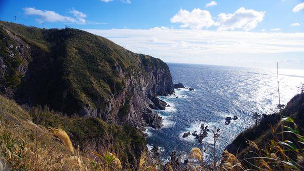 神津島灯台の麓からの絶景の作例写真