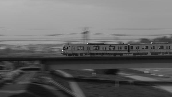 東急電鉄 9815 (東急9000系)を流し撮りの作例写真
